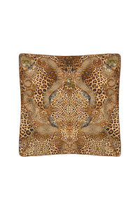 LARGE SQUARE CUSHION LADY LODGE