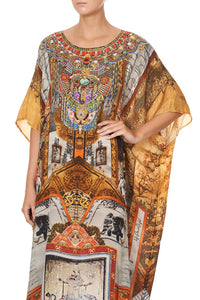 ROUND NECK KAFTAN BEYOND THE PALACE OF PEACE