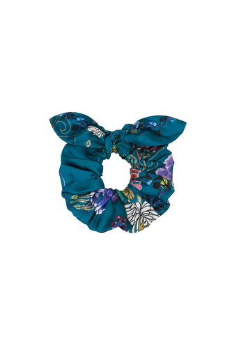SCRUNCHIE LUNAR GAZING