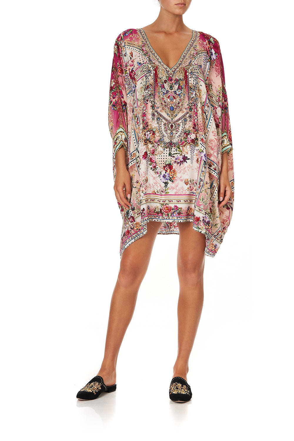 SHORT KAFTAN WITH CUFF SUMMONED BY A ROSE