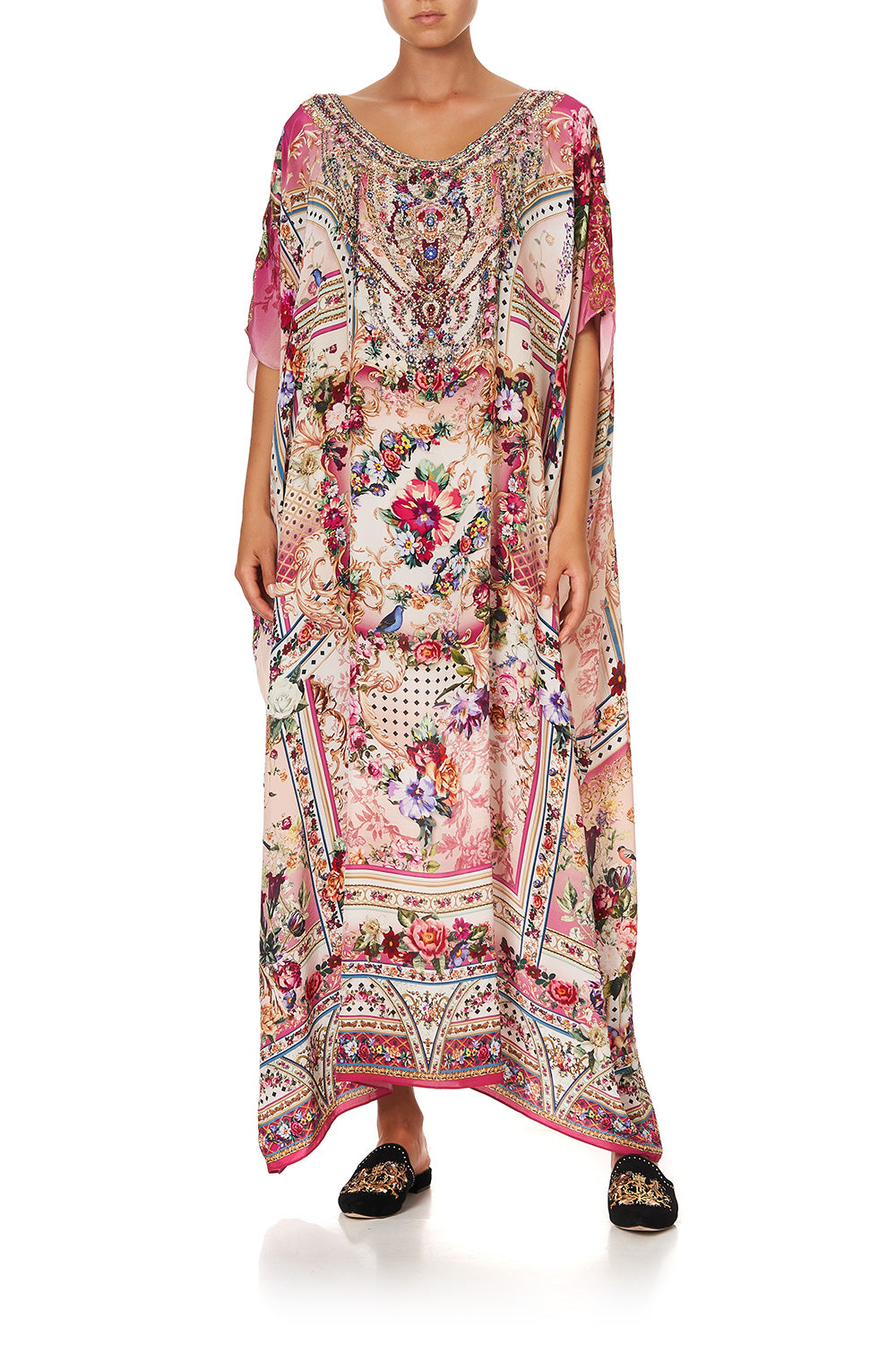 ROUND NECK KAFTAN SUMMONED BY A ROSE