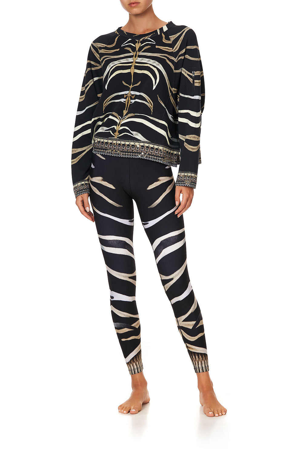 RAGLAN SLEEVE SWEATSHIRT ZEBRA CROSSING