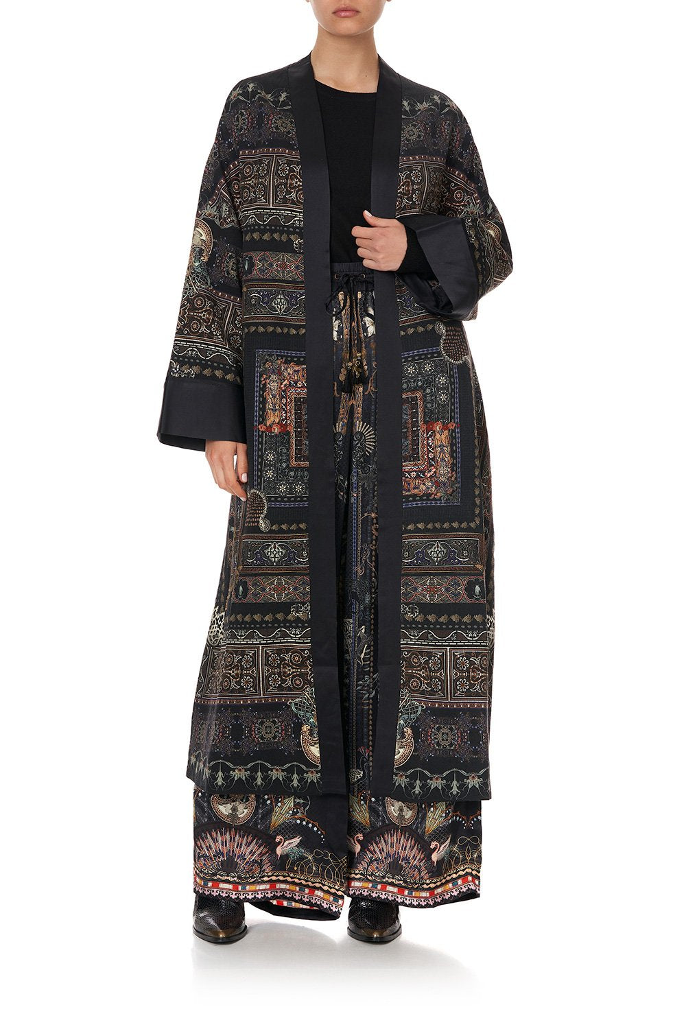 COAT WITH CUFF BANDS SON OF SEVEN QUEENS
