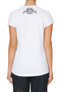 CURVED HEM FITTED TEE CAPRICORN