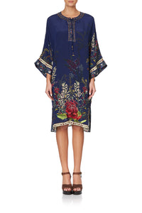 LACE UP FRONT KAFTAN WINGS IN ARMS