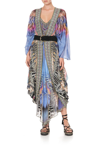 LONGE SLEEVE LONG CAPE LOVE ON THE WING