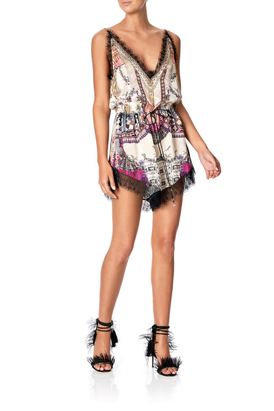 V-NECK LACE PLAYSUIT VIOLET CITY