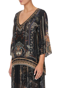 V-NECK OVERSIZED BLOUSE SON OF SEVEN QUEENS