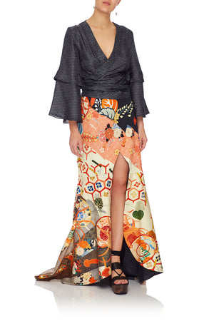 c9c2375f71 WRAP SKIRT WITH FRONT TUCKS KISSING THE SUN (L)
