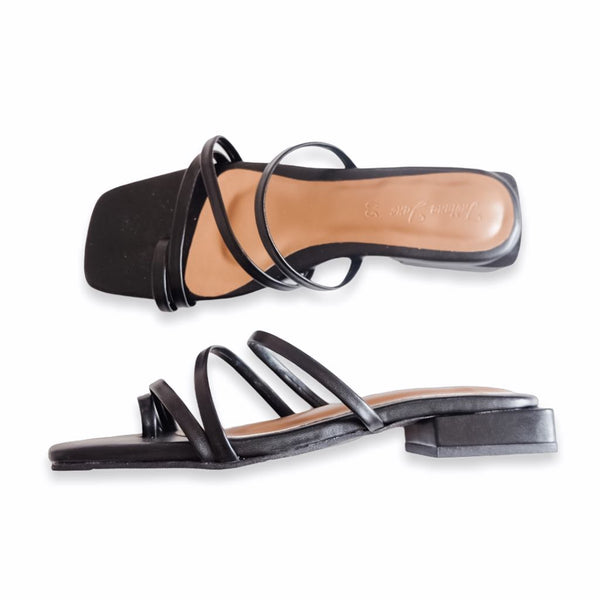 PRAGUE Black Slide Low Heels
