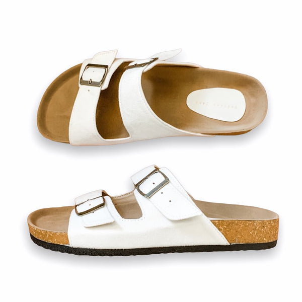 HIS YANKEES White Elegant Flat Slides- Men