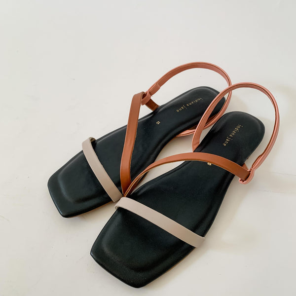 MYKONOS Tri Color Strap Flat Sandals Black