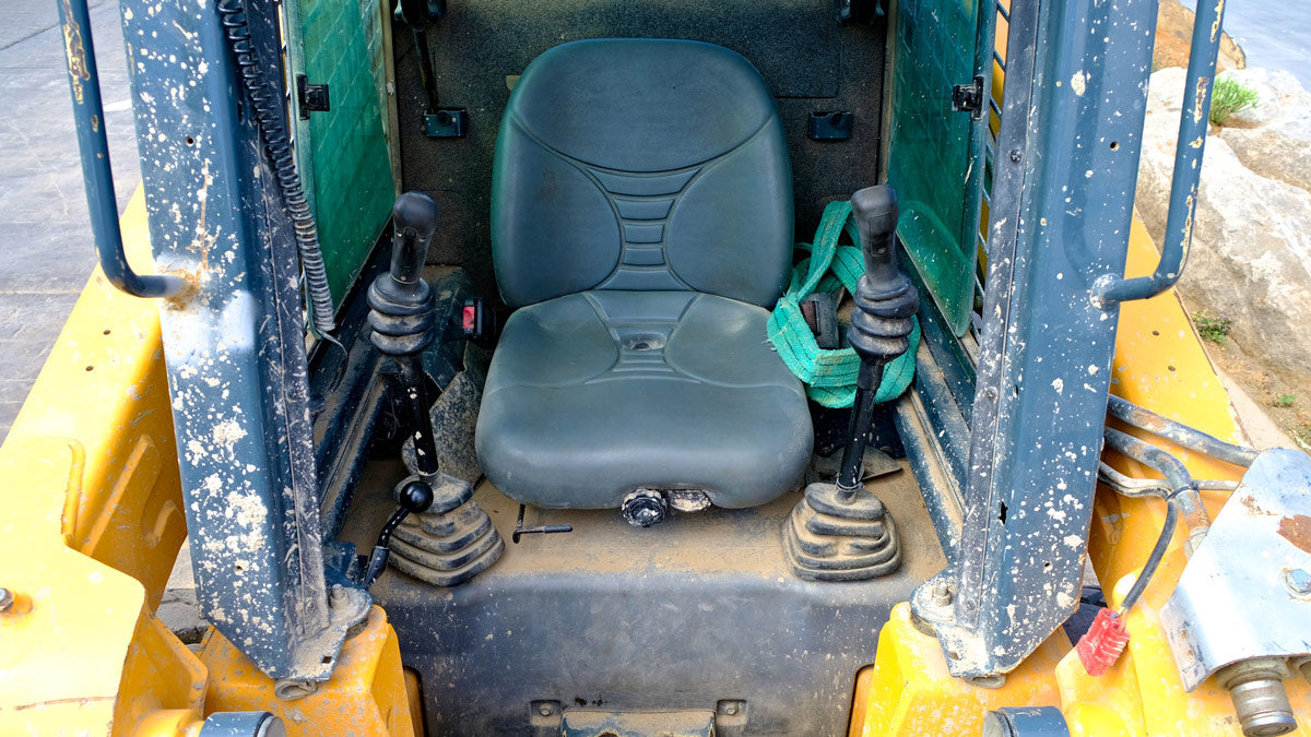 What To Look For When Purchasing A New Seat For Your Heavy Equipment