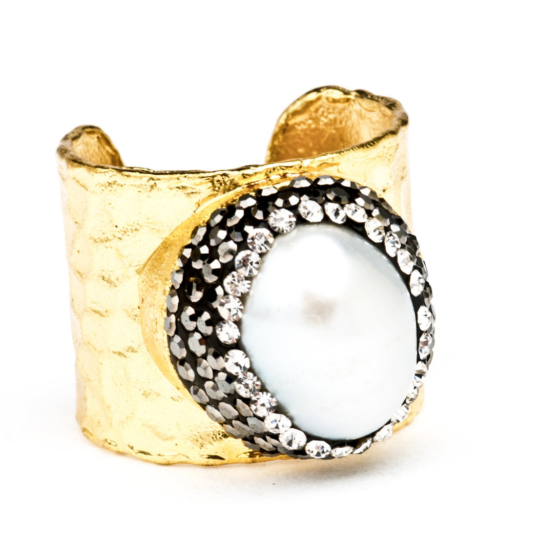 Aphrodite Baroque Pearl Statement Ring - Nomad Bridal