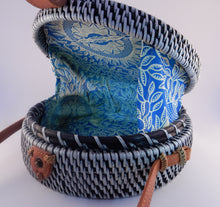 Load image into Gallery viewer, Rattan Bag - Salt & Pepper