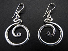 Load image into Gallery viewer, Earrings - Snake