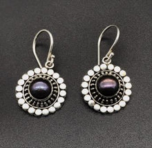 Load image into Gallery viewer, Earrings - Purple Sun