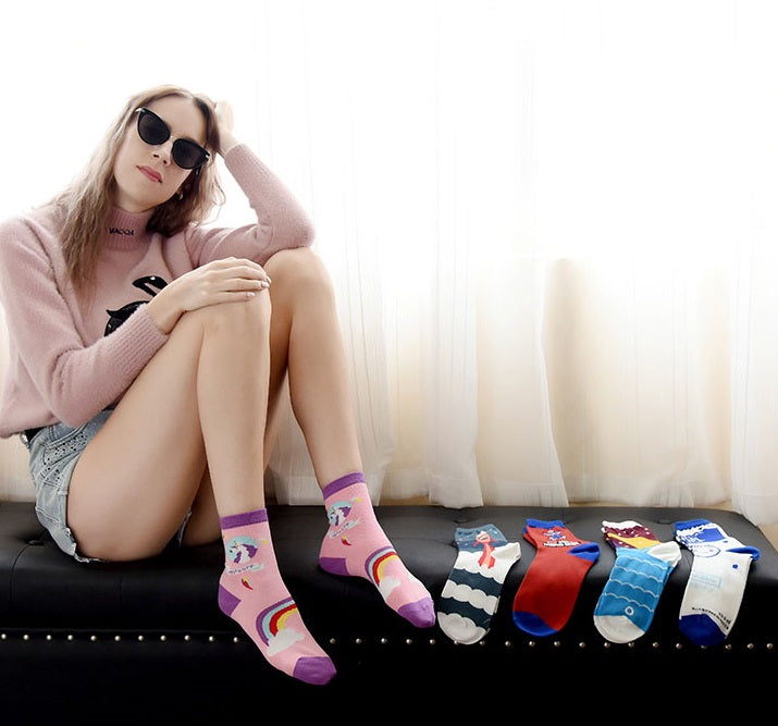 Cartoon Pictures Lady Socks