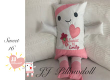 "Load image into Gallery viewer, (Q) JJ Pillowdoll ""Sweet 16"""
