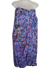 Load image into Gallery viewer, HAWAIIAN FLORAL PURPLE BATIK PRINT PLUS SIZE SARONG PAREO COVER UP (1X-2X) w/ Sarong Buckle