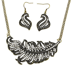 Vintage Look Rhinestone Accented Feather Design Necklace Set