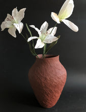 Load image into Gallery viewer, Vessel/vase 2321
