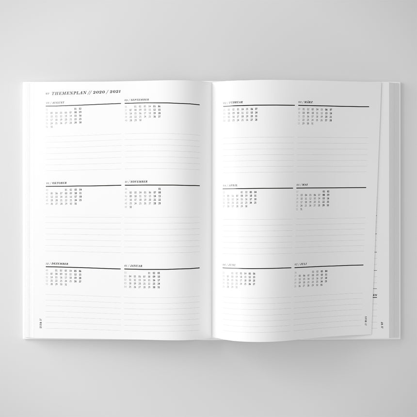 School planner / Teacher's calendar 2021/2022