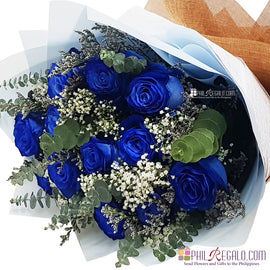 Elegant Blue Roses Bouquet