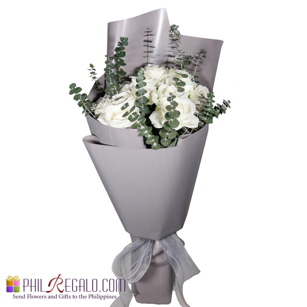 Basic Lover White Rose Bouquet