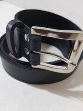 Load image into Gallery viewer, leather belts - cape Masai Leather