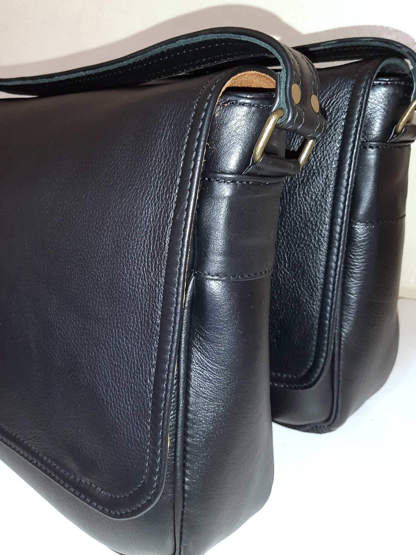 Men's laptop bags - cape Masai leather