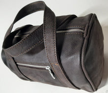 Load image into Gallery viewer, Alex Bathroom bag - cape Masai leather