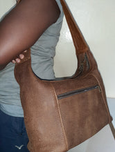 Load image into Gallery viewer, Gb7 leather bags - cape Masai Leather