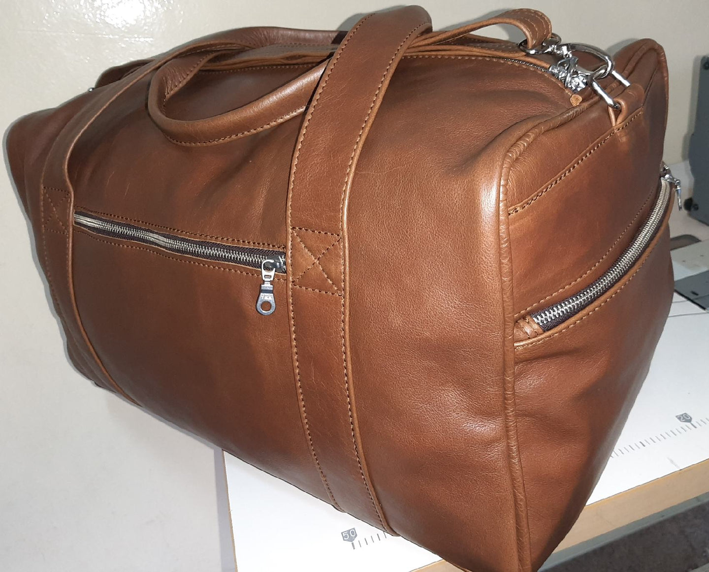 Masai leather travel bag XL