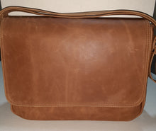Load image into Gallery viewer, Men's laptop bags - cape Masai leather