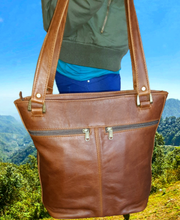 Load image into Gallery viewer, leather handbags - cape Masai Leather