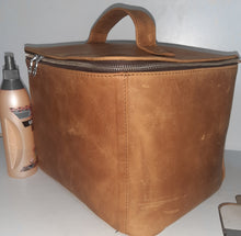 Load image into Gallery viewer, Liezel Van D Vanity bag big - cape Masai leather