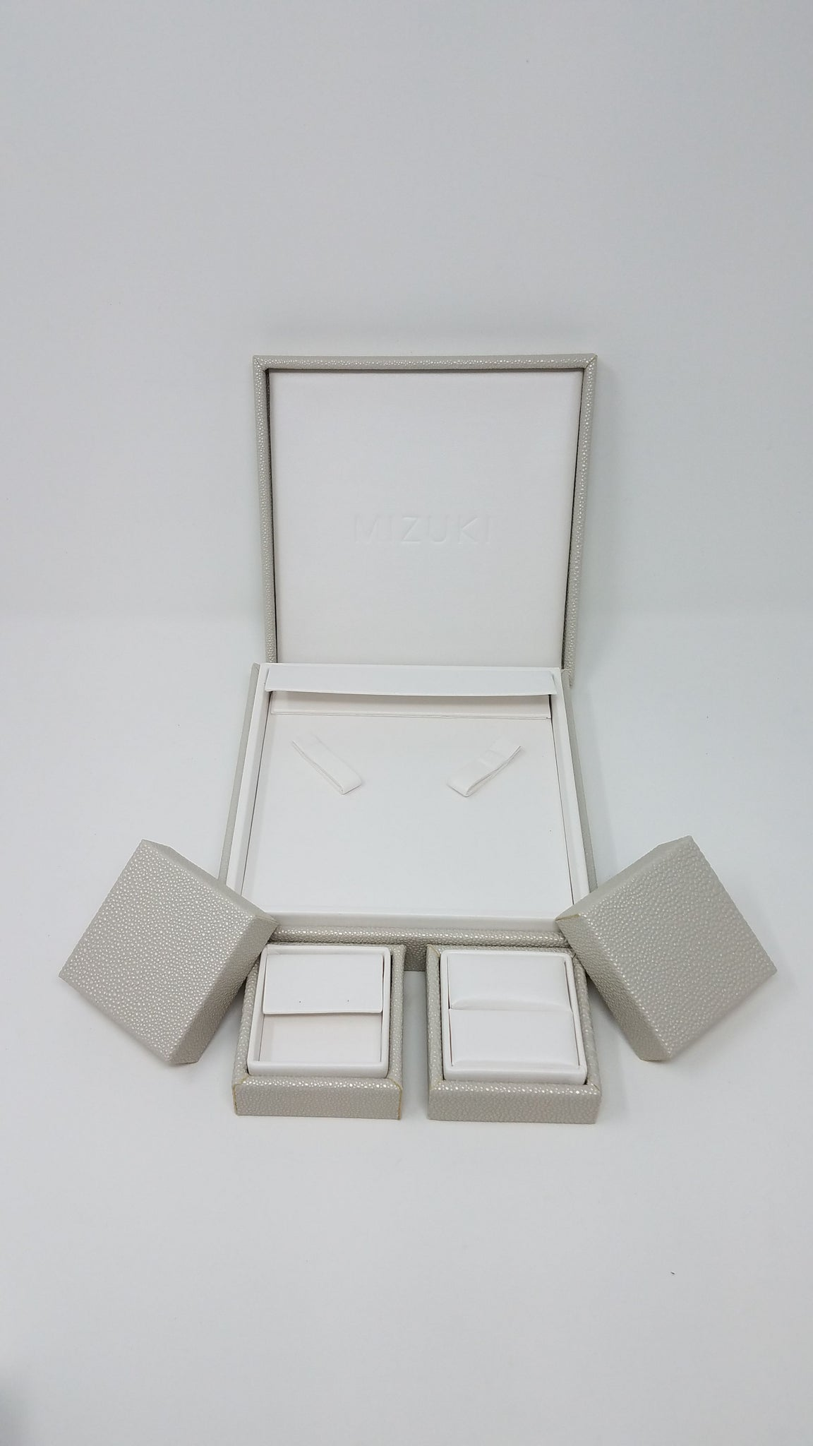 LS60C - SMALL LIFT OFF JEWELRY BOX WITH CUSHION TOP
