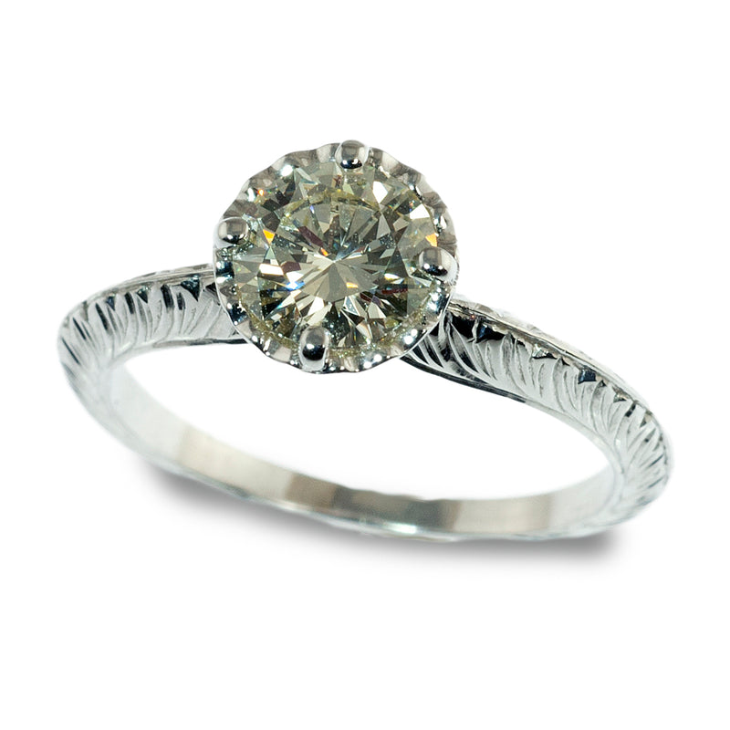Vintage styled scalloped head engagement ring