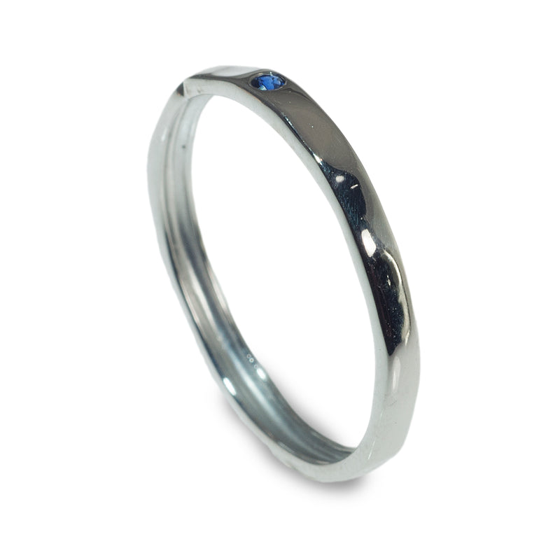 Hammered flush set stacking ring