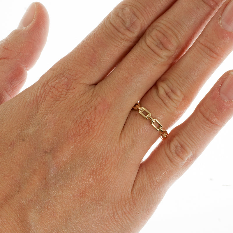 Long chain link stacking ring