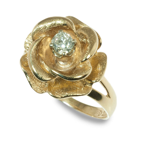 Flower design diamond ring