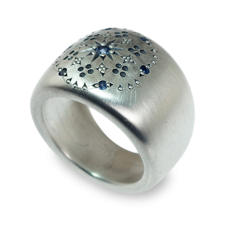 Celestial sapphire cigar band ring