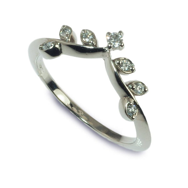 The Crowning Touch diamond wedding ring