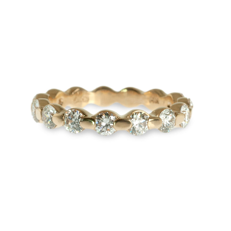 Oval bar set diamond band ring