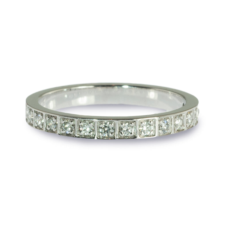 Box style bead set diamond wedding ring