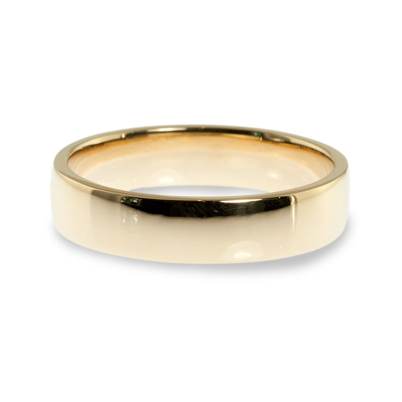 Cushion shaped 5mm wedding ring