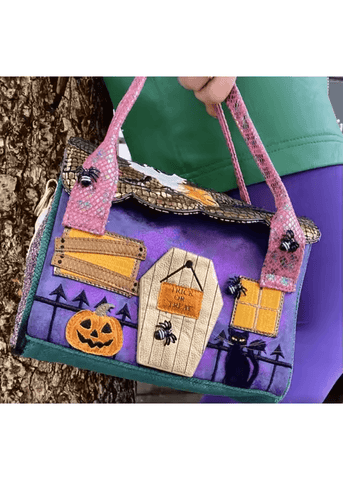 Irregular Choice Halloween Ghost House Tasche Lila Gold