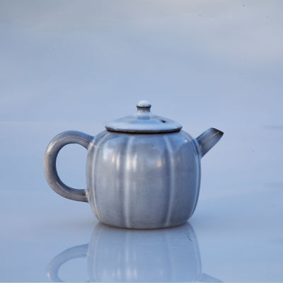Architectural Grey Teapot (Melon Shape) + 2 tea gifts