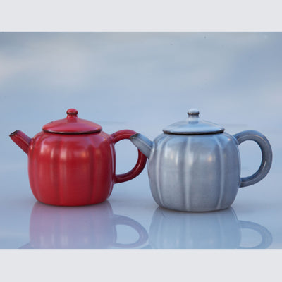 Hawthorn Berry Red Teapot (Melon Shape) + 2 tea gifts